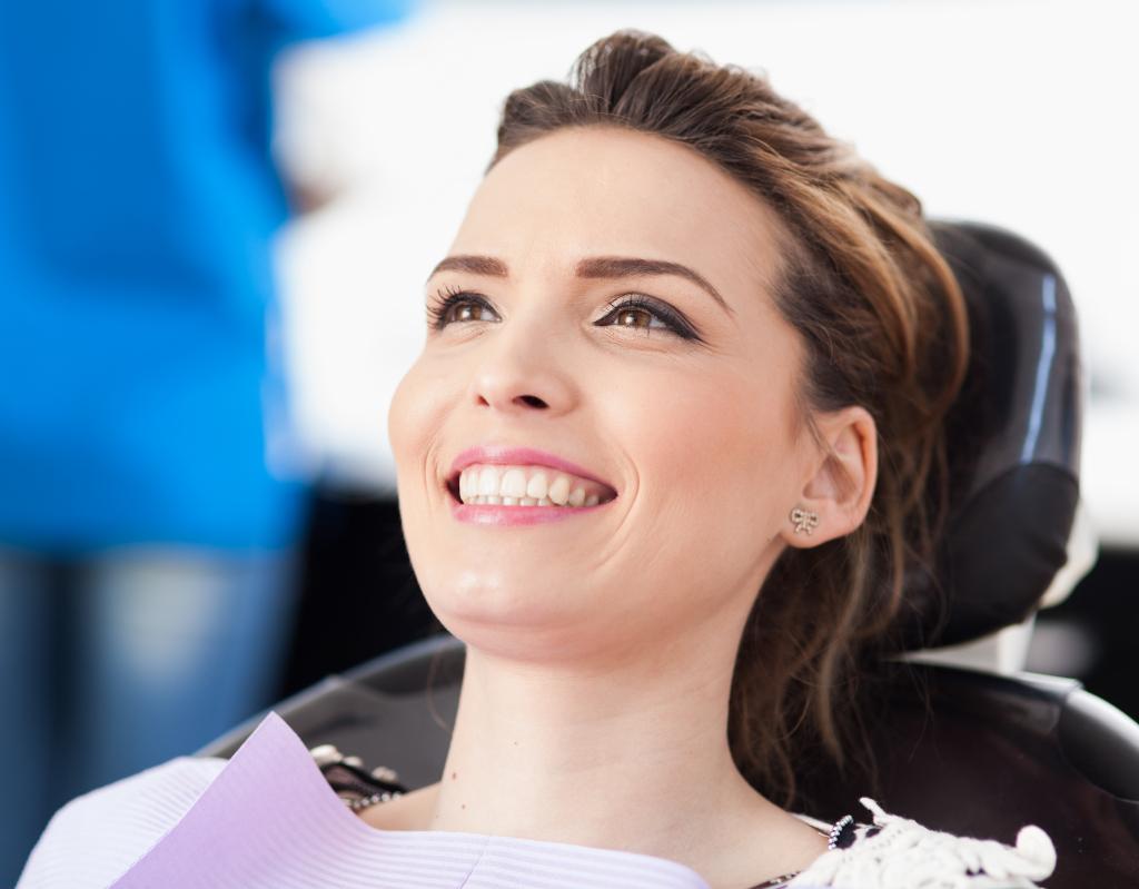 Безболезненное лечение зубов при беременности в Москве